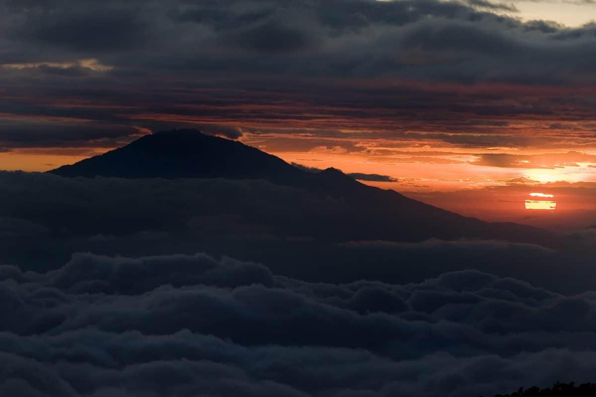 Tansania: Mount Meru Trekking über Momella Route