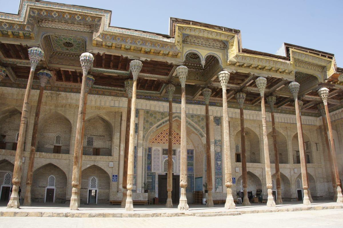Bodo Hauz Moschee in Buchara, Usbekistan