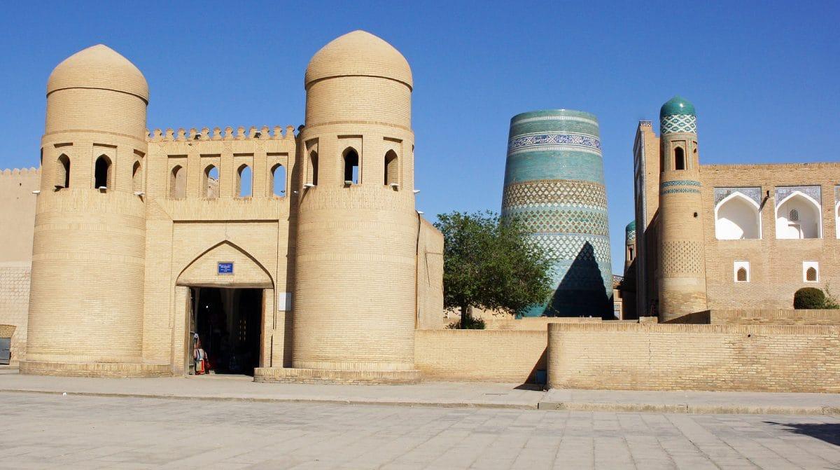 Pforte zu Moschee in Chiva, Usbekistan