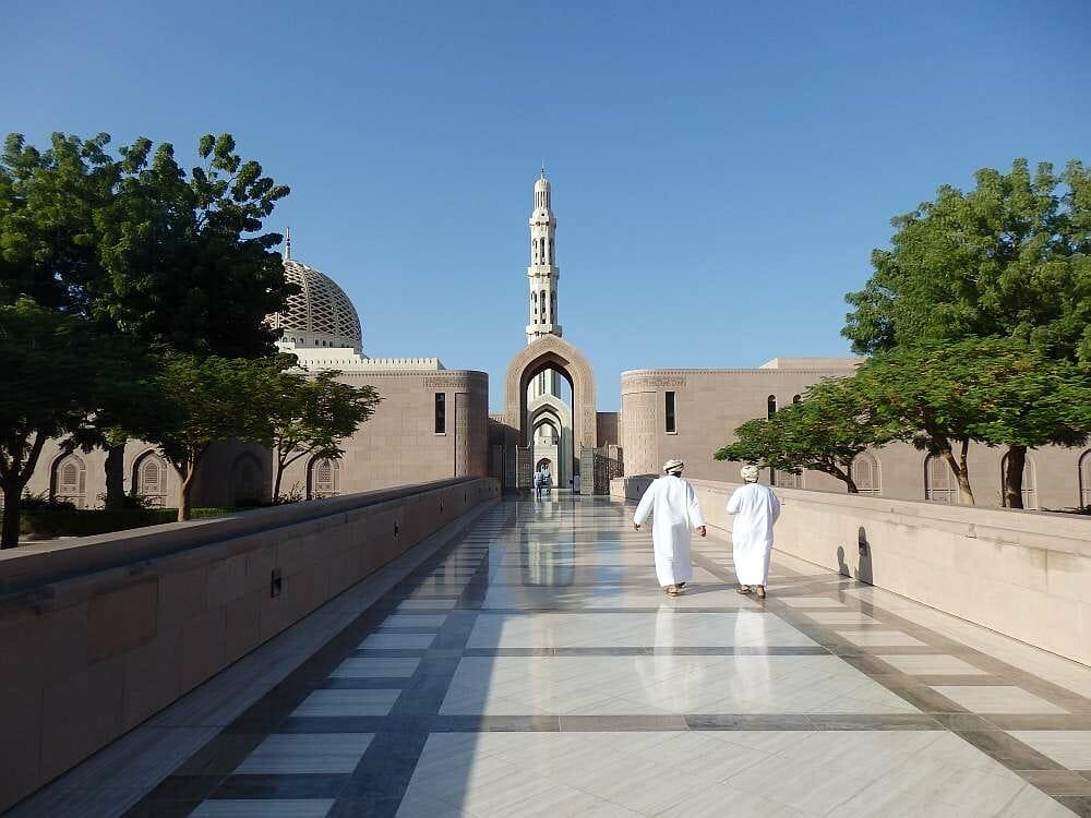 Muscat_Große_Sultan_Qabus_Moschee_Klueger_Reisen