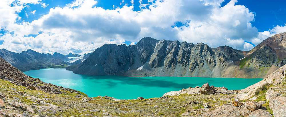 Kirgistan_Lake_Alaköl_Klueger_Reisen