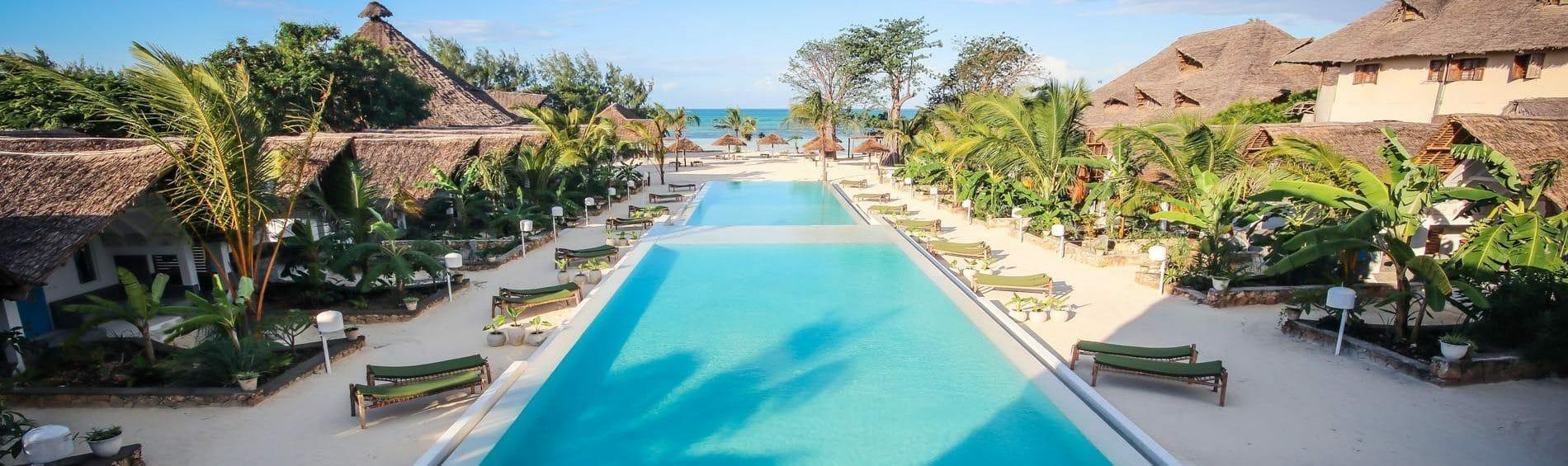 Zanzibar_FUN_Pool_Klüger Reisen