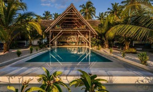 Zanzibar_NUR Beach Hotel_Pool_Klüger Reisen